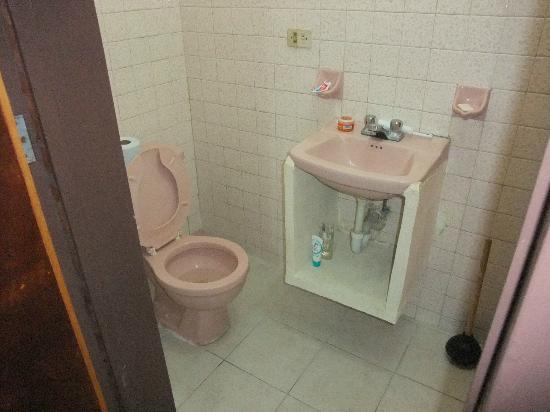 Hotel Posada Edem : Bathroom