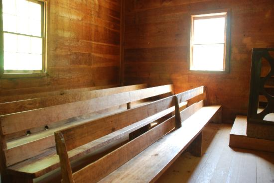Taking Better Photos Tours: Inside one of the churches in Cades Cove