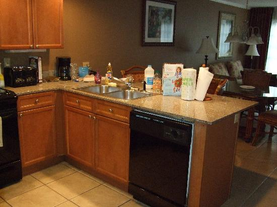 Legacy Vacation Resorts-Lake Buena Vista: kitchen