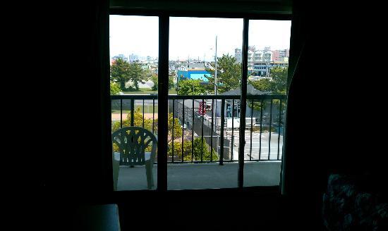 Sea Bay Hotel: Our balcony