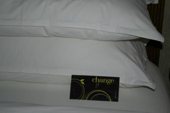 Sheraton Suites Calgary Eau Claire: Heavenly pillows