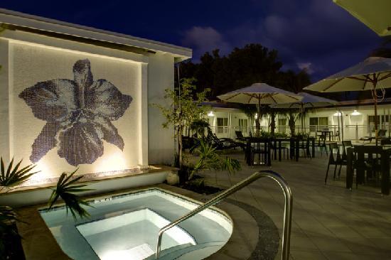 Orchid Key Inn : Orchid's Ooo so nice hot tub