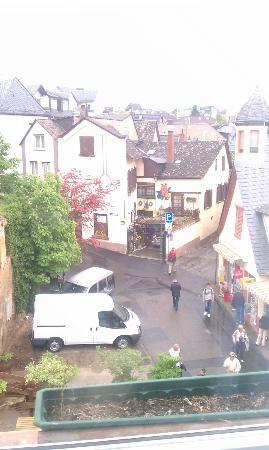 Historisches Weinhotel Zum Grünen Kranz: view from from 36