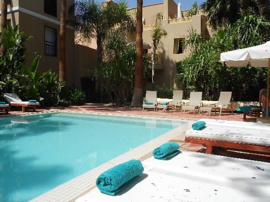 Les Jardins de la Medina : Pool area