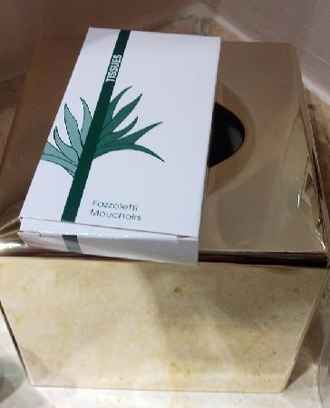 Mercure Catania Excelsior: Facial tissue provided