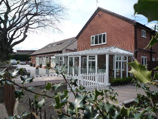 Grove Guest House : Sideviewgg Wrexham