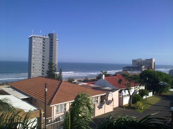 Amanzimtoti Beach Rest : balkon manzara