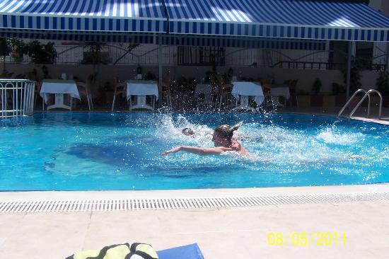 Kleopatra Life: pool