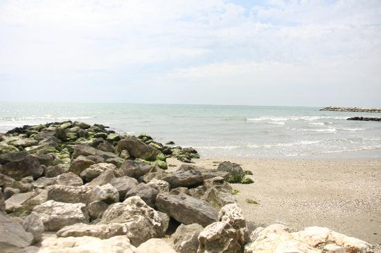 Duna Rossa Residence: Пляж