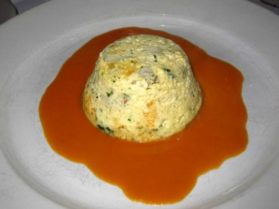 Les Folies Brasserie : Lump crabmeat flan with lobster sauce.
