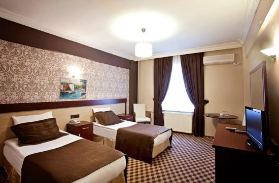 Burc Best Otel: odalar
