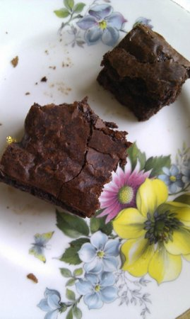 The Hackney Pearl: Gorgeously rich brownie!