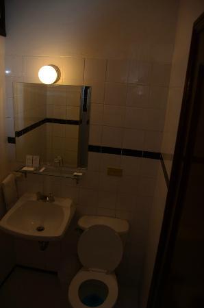 Bayview Hotel: salle de toilette