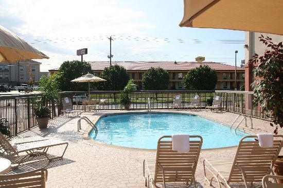 Hampton Inn Conway: Outdoor Pool