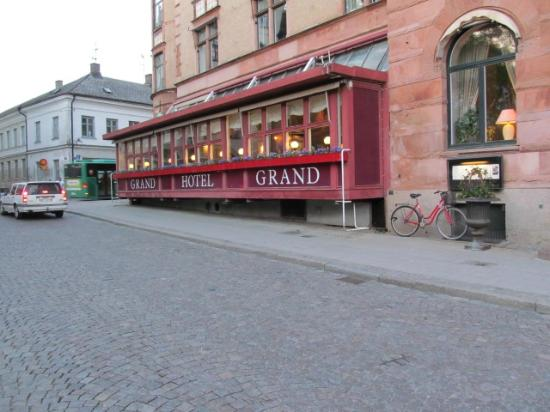 Grand Hotel: street view