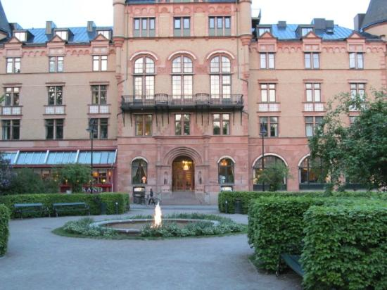 Grand Hotel Lund: street view of the grand