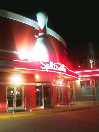 ‪Splitsville Luxury Lanes and Dinner Lounge‬