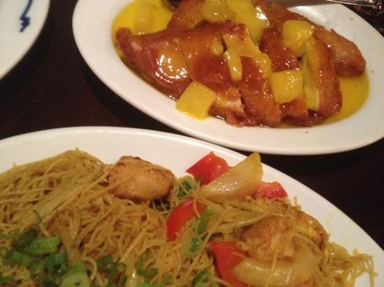 pineapple chicken and shanghai tofu noodles - Picture of Bamboo ...