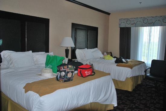 Holiday Inn Express Hotel & Suites - Glen Rose: Excuse the mess -- organizing to leave for the day!