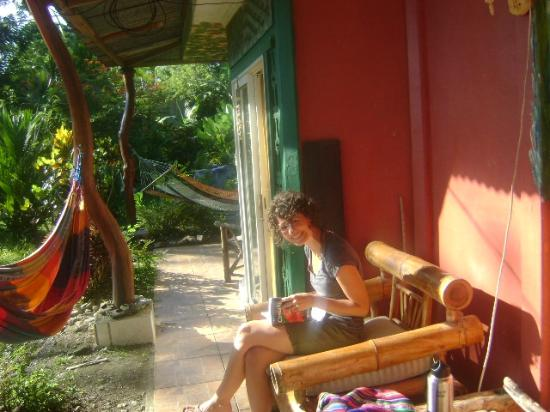 Hostel and Cabinas Secret Garden: Hammocks and good company!