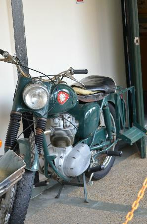 Army Museum: nice old bike