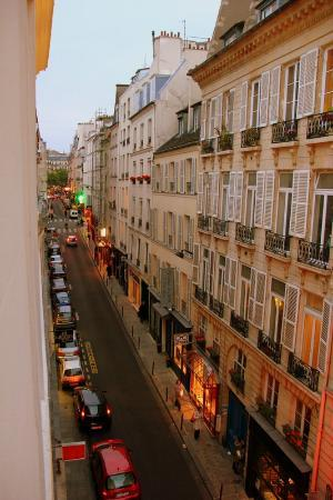 Hotel Saint Paul Rive Gauche: View from our window