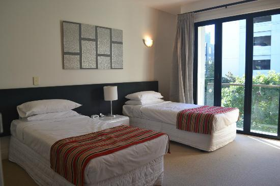 Latitude 37 Accommodation Ltd: 2nd Bedroom