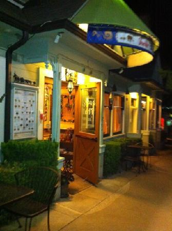 Pacific Thai Cuisine : located in downtown 19 st.