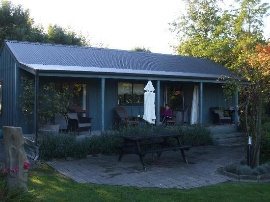 Lawn Cottages: Magnolia Cottage - superb!