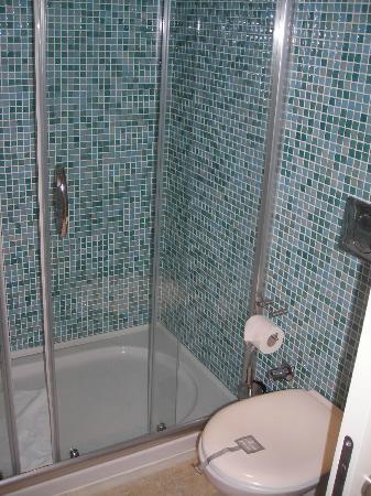 grande douche moderne photo de voyage bodrum bodrum tripadvisor. Black Bedroom Furniture Sets. Home Design Ideas