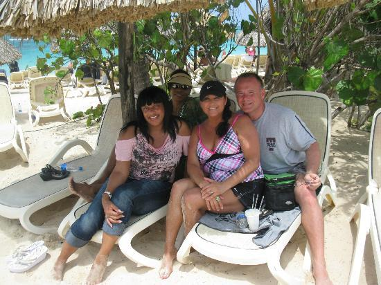 "Majestic Elegance Punta Cana: Fun at the beach with ""new"" friends"