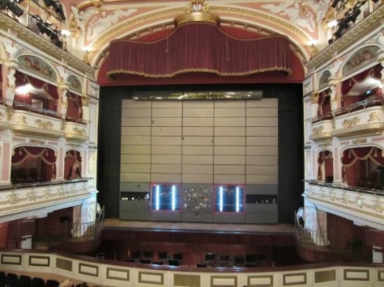Opera Wroclaw: Bühne