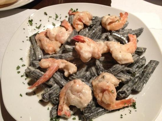 Invita Bistro: Pasta a la Benito. Amazing Pasta freshly made from squid ink. simply amazing