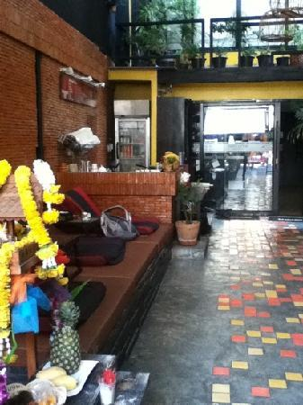 NapPark Hostel @ Khao San: entrance