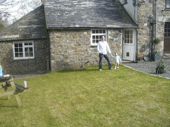 Pencuke Farm Holidays: Appleloft cottage