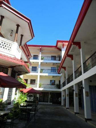 Legaspi Suites: view of the hotel