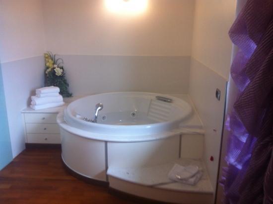 Hotel Sangallo: vasca idromassaggio