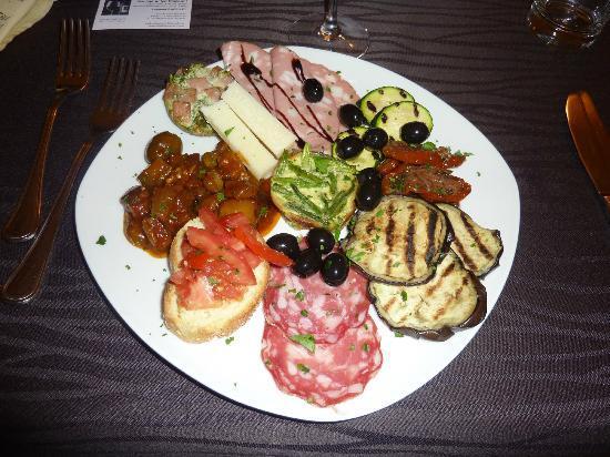 Mediterraneo Restaurant: antipasti menu terre