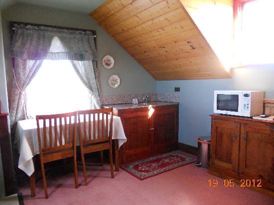 Sorell Barracks: Loft Sitting Room