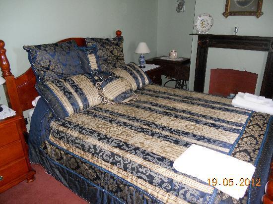 Sorell Barracks: 2 Bedroom Suite Queen Room