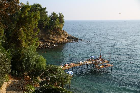 Aska Bayview Resort: Second beach - wooden deck