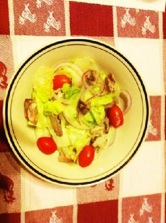 Ciccino's Pizzeria & Restaurant: I also had a steak salad it was delicious too!!