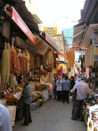 Измир, Турция: Buntes Treiben