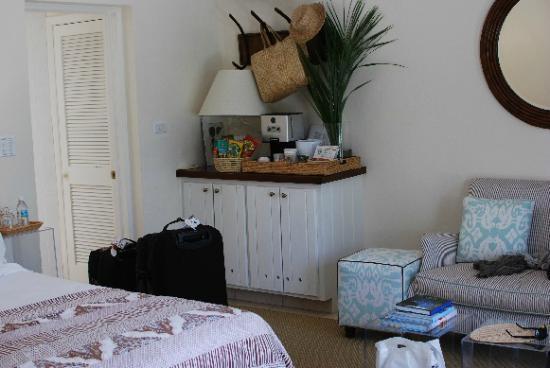 "The Dunmore Hotel & Residences : Ocean Front Cottage ""Aqua Cottage"""