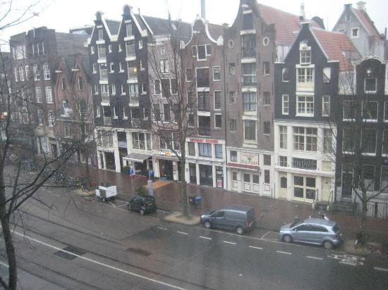 Crowne Plaza Amsterdam City Centre: View from room
