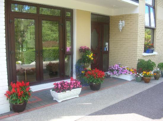 Ard na Greine: Front entrance