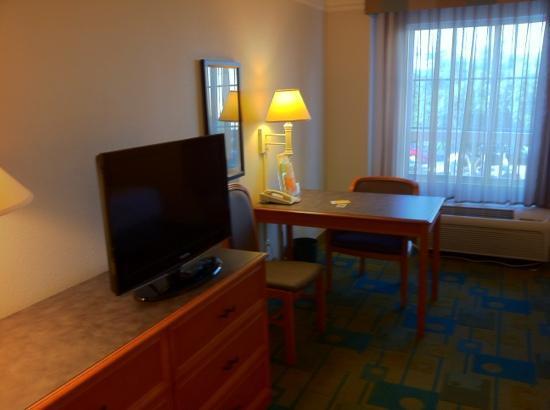 La Quinta Inn & Suites Fort Worth Southwest: the room 2