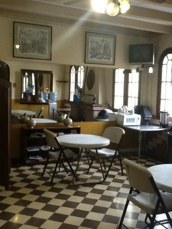 Apartamentos Las Torres : Salle de détente avec café