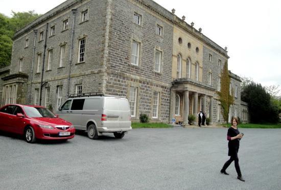 Nanteos Mansion: Attractive approach