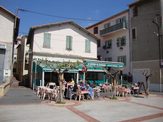 Terrasse du restaurant picture of le safranier antibes for Resto le jardin antibes